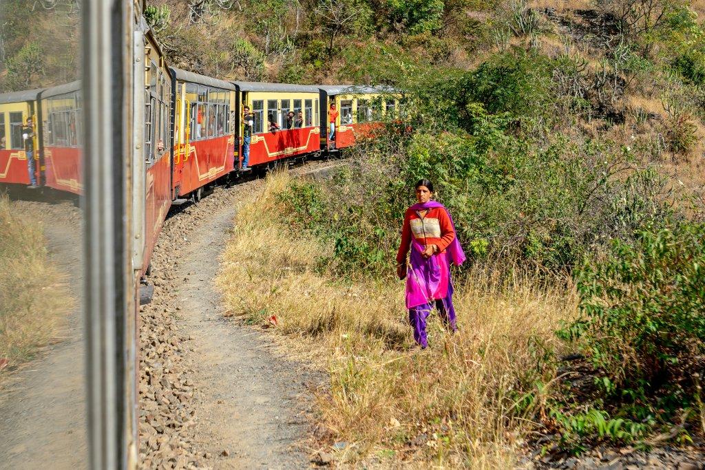Unterwegs mit der Kalka-Shimla Railway. Hugo Stoob Indien, Shimla
