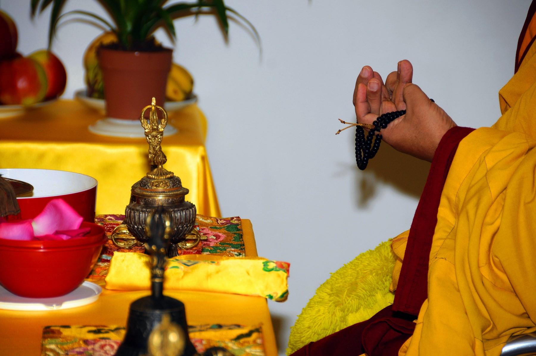 Akupunktur Traditioneller Tibetischer Medizin