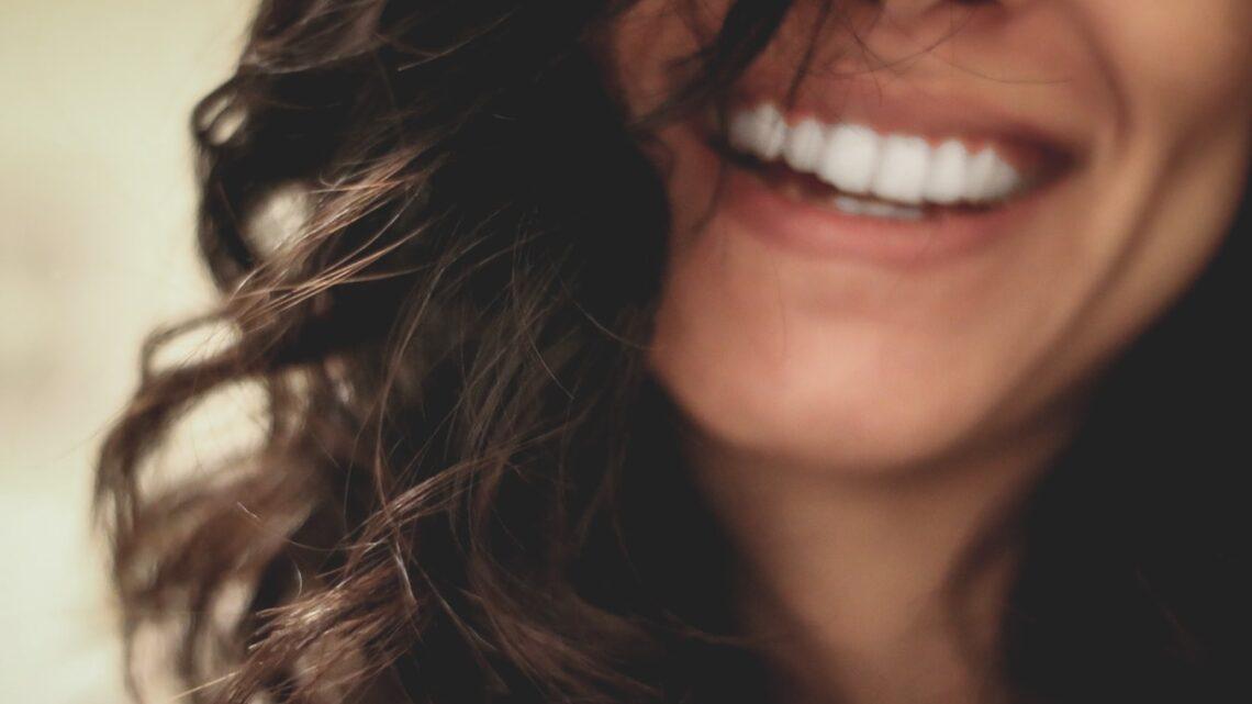 Gesund werden und etwas für die Gesundheit zu tun, ist enorm wichtig. Der Gesundheitszustand hat einen großen Einfluss auf das Wohlbefinden. Auch die Zahngesundheit trägt erheblich zu Fitness und Gesundheit bei.