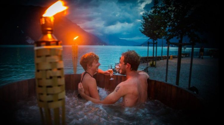 Hot Pot Interlaken Titelbild für Wellnessino das Schweizer Freizeitmagazin