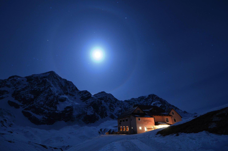 Silveser in der Berghütte